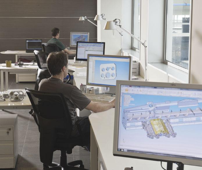 Olimac-spannocchiatori-drago-reparto-ricerca-progettazione-corn-heads-research-design-department-maispfluecker-abteilung-forschung-entwicklung-konstruktion-cabezales-maíz-departamento-investigación-diseño